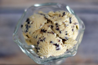 Homemade Ice Cream Stracciatella recipe