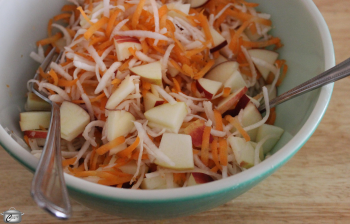 Refreshing Turnip, Carrot and Apple Salad recipe