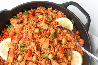 One Pan Spanish Chicken Rice recipe